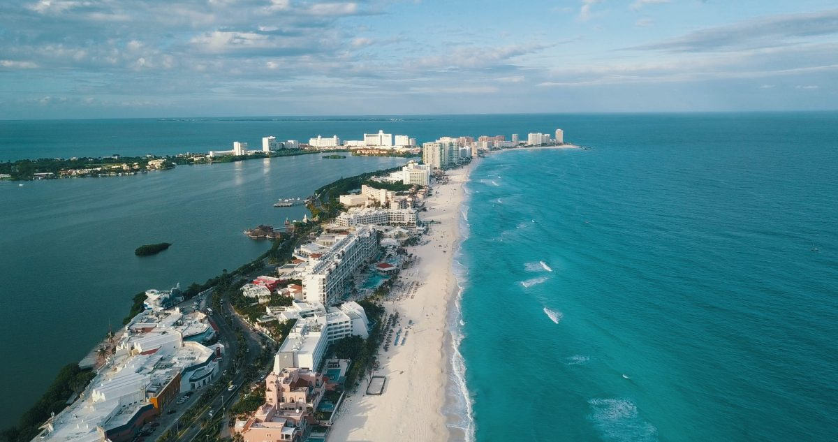 Cancún y Los Cabos reabren sus hoteles en junio