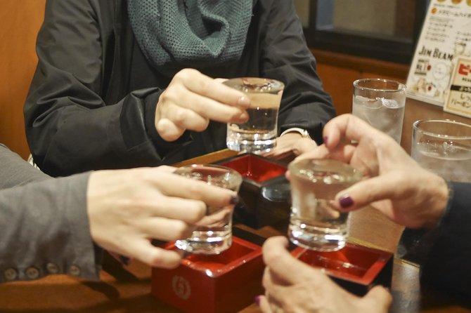 brindis con Sake de Kioto